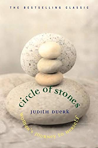 9781880913635: Circle of Stones: Woman's Journey to Herself