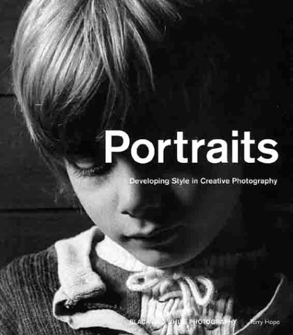 9781883403690: Portraits and Figures: Developing Style in Creative Photography