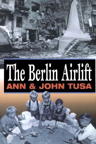 9781885119582: Berlin Airlift