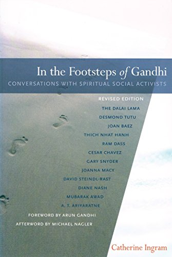 9781888375350: In the Footsteps of Gandhi: Conversations with Spiritual Social Activists
