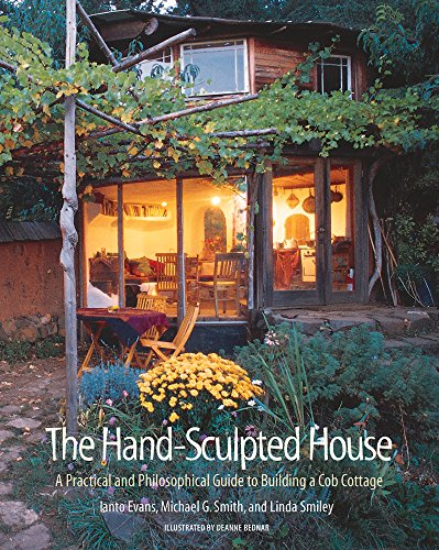 9781890132347: The Hand-Sculpted House: A Practical and Philosophical Guide to Building a Cob Cottage: The Real Goods Solar Living Book