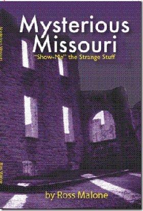 9781891442803: Mysterious Missouri