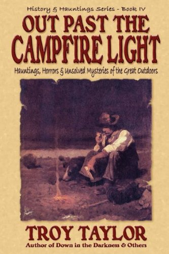 9781892523358: Out Past the Campfire Light