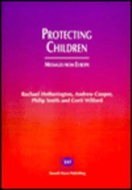 9781898924128: Protecting Children: Messages from Europe