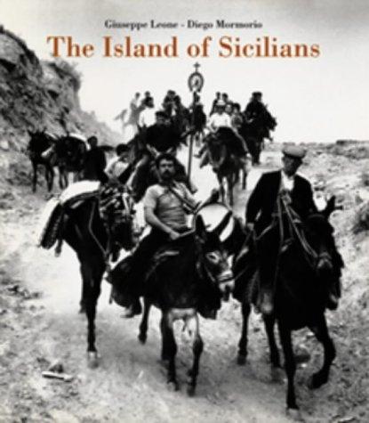 9781899235353: Island of Sicilians