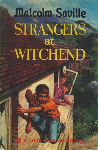 9781904417712: Strangers at Witchend (Lone Pine)