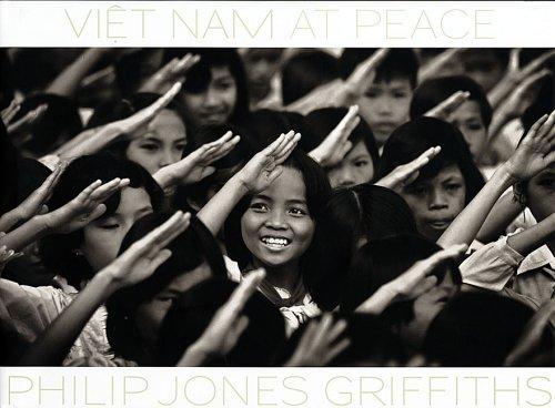 9781904563389: Viet Nam at Peace
