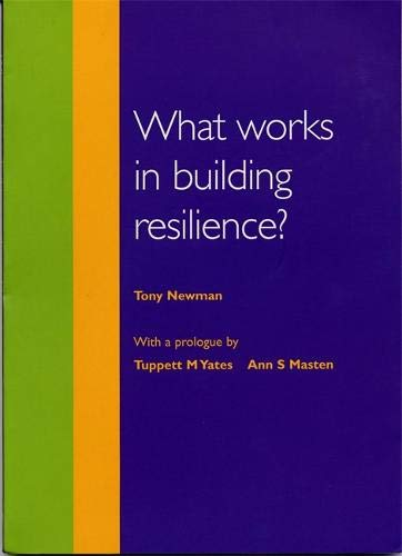 9781904659020: What Works in Building Resilience?