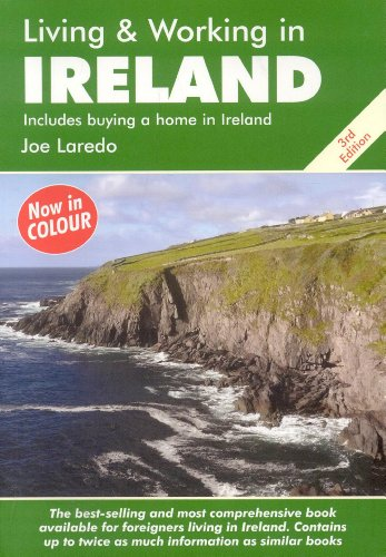9781905303717: Living and Working in Ireland: A Survival Handbook (Living & Working in Ireland)