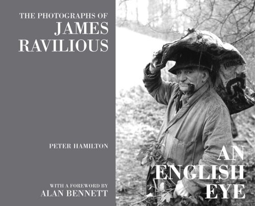 9781905622146: An English Eye: The Photographs of James Ravilious
