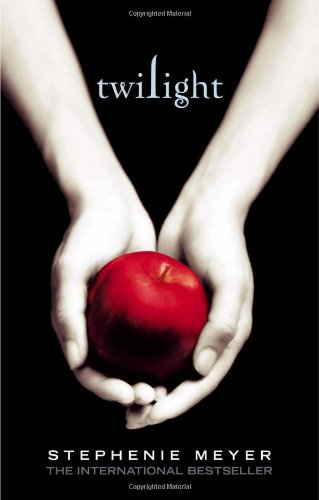 9781905654390: The Twilight Saga Collection-Twilight, New Moon, Eclipse, Breaking Dawn and Four Full-Colour Collectible Prints