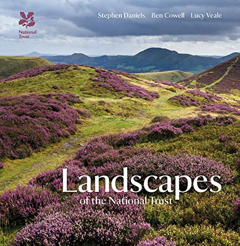 9781907892813: Landscapes of the National Trust