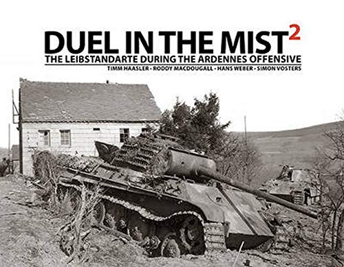9781908032027: Duel in the Mist 2