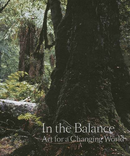 9781921034459: In The Balance - Art For A Changing World