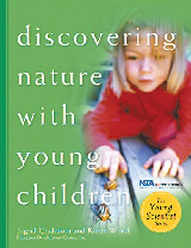 9781929610389: Discovering Nature with Young Children: Part of the Young Scientist Series
