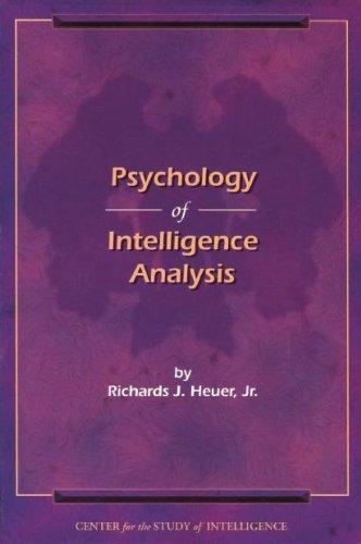 9781929667000: Psychology of Intelligence Analysis
