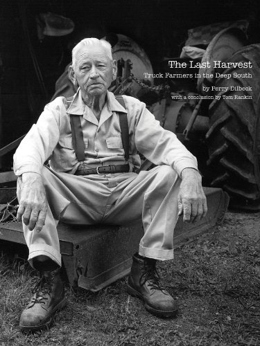 9781930066496: The Last Harvest: Truck Farmers in the Deep South (Center Books on the American South)