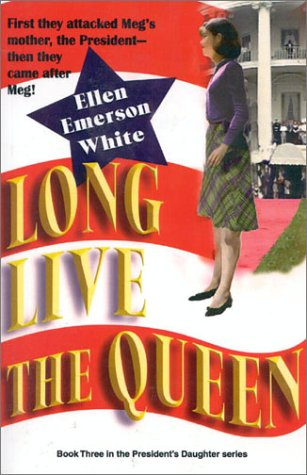 9781930709263: Long Live the Queen