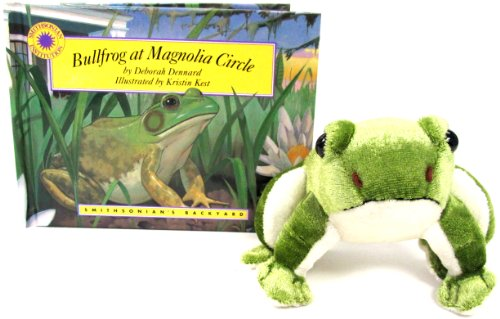 9781931465090: Bullfrog at Magnolia Circle (Smithsonian's Backyard Book & Toy Set) (Mini book with stuffed toy animal) (Smithsonian Backyard)