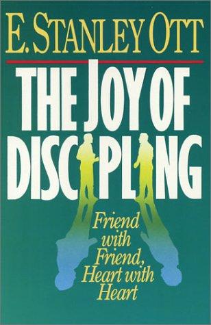 9781931551045: The Joy of Discipling