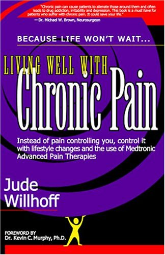 9781932344844: Living Well with Chronic Pain