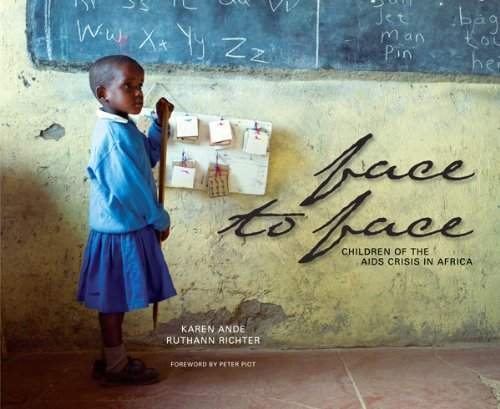 9781932717204: Face to Face: Children of the AIDS Crisis in Africa