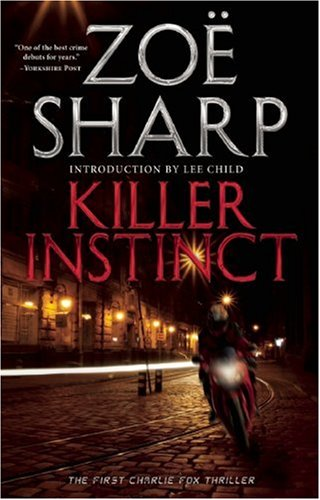 9781935415138: Killer Instinct (Charlie Fox Series)