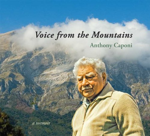 9781935666011: Voice from the Mountains: A Memoir