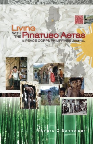 9781935925347: Living with the Pinatubo Aetas: A Peace Corps Philippines Journal