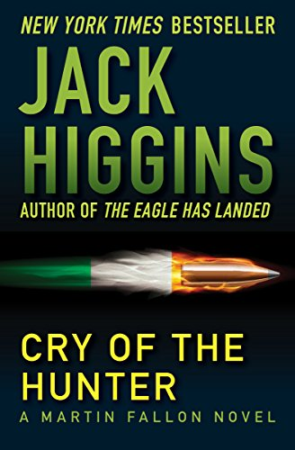 9781936317561: Cry of the Hunter (The Martin Fallon Novels)