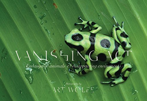 9781937359669: Vanishing Act: Endangered Animals and Disappearing Environments