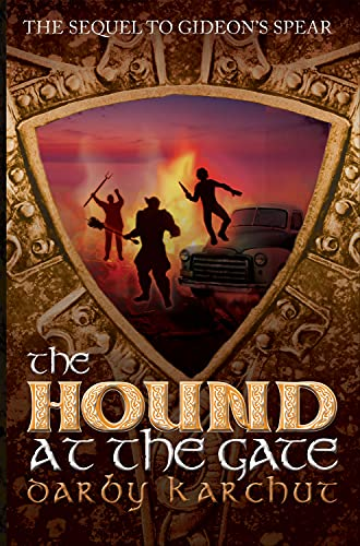 9781939392480: The Hound at the Gate (The Adventures of Finn MacCullen)