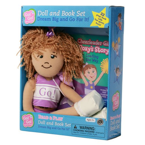 9781940731117: Cheerleader Girl Roxy's Story: Leading the Way: Read & Play Doll and Book Set (Go! Go! Sports Girls)