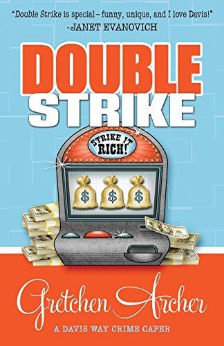 9781940976334: Double Strike (A Davis Way Crime Caper) (Volume 3)