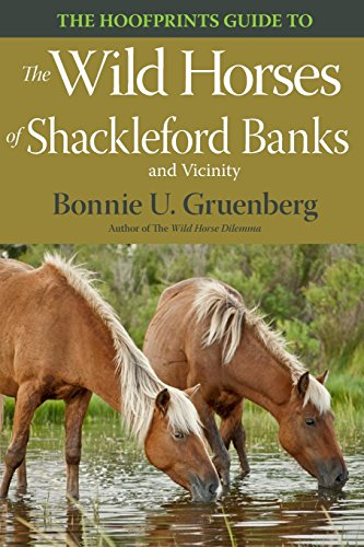 9781941700167: The Hoofprints Guide to the Wild Horses of Shackleford Banks and Vicinity