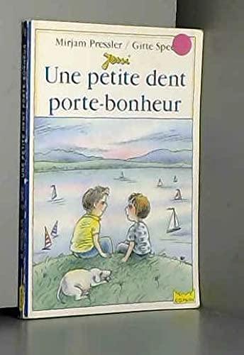9782010189654: Une petite dent porte-bonheur 010598