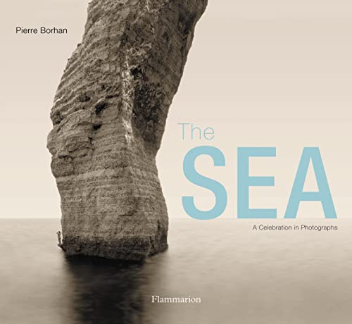 9782080200853: The Sea (COMPACT): A Celebration in Photographs