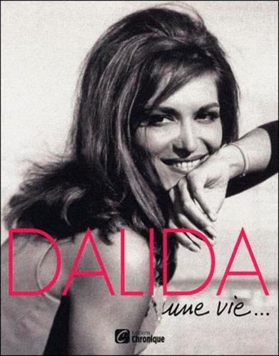 9782205060072: Dalida : Une vie