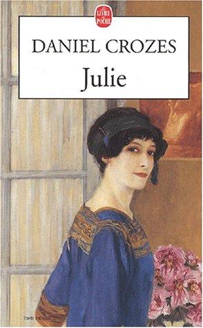 9782253151074: Julie