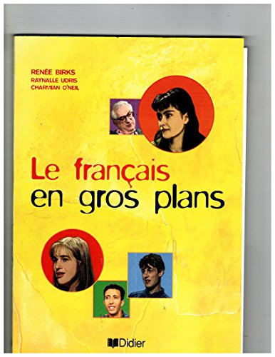9782278047246: Le Francais En Gros Plans: Livre D'Activites (French Edition)