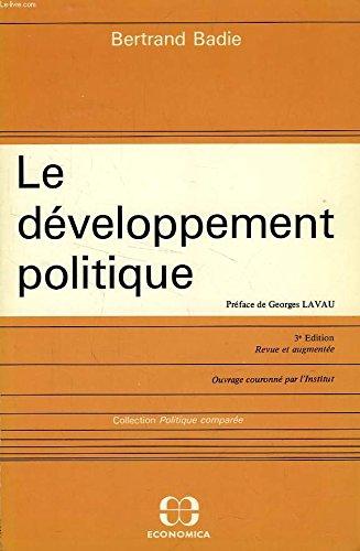 9782717807912: Le développement politique (Politique comparée)