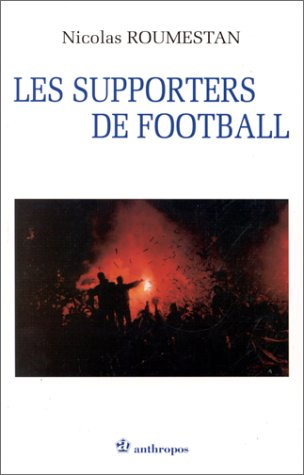 9782717836554: Les supporters de football