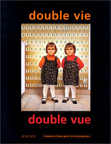 Double vie, double vue (French Edition): ROEGIERS Patrick