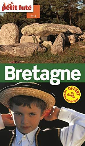9782746971110: Petit Futé Bretagne