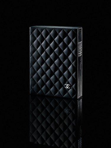 9782759400423: Channel Luxury Slipcase