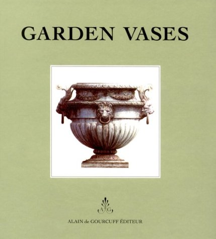 9782909838427: Garden Vases