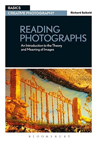 9782940411894: Reading Photographs: An Introduction to the Theory and Meaning of Images