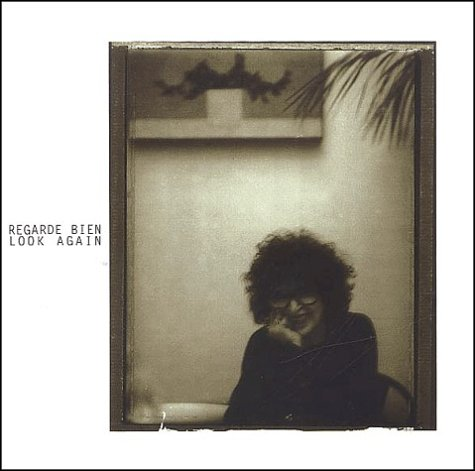 9782951308343: Regarde bien : Look again. : Les albums photographiques de Tana Hoban