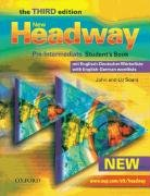 9783068016602: New Headway English Course Pre-Intermediate. German Edition: Student's Book mit zweisprachiger Vokabelliste mit CD-ROM