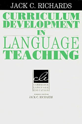 9783125334366: Curriculum Development in Language Teaching